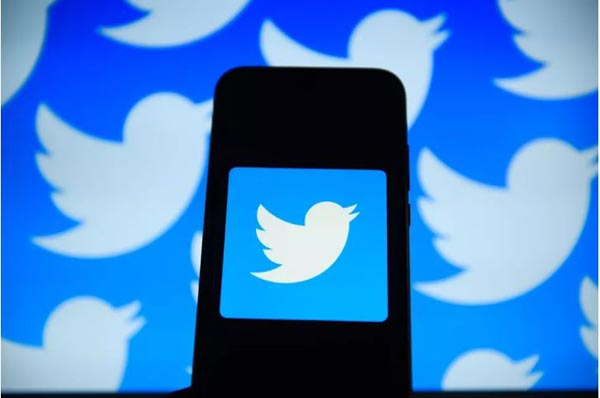 Twitter experiments with new features to encourage positive conversations